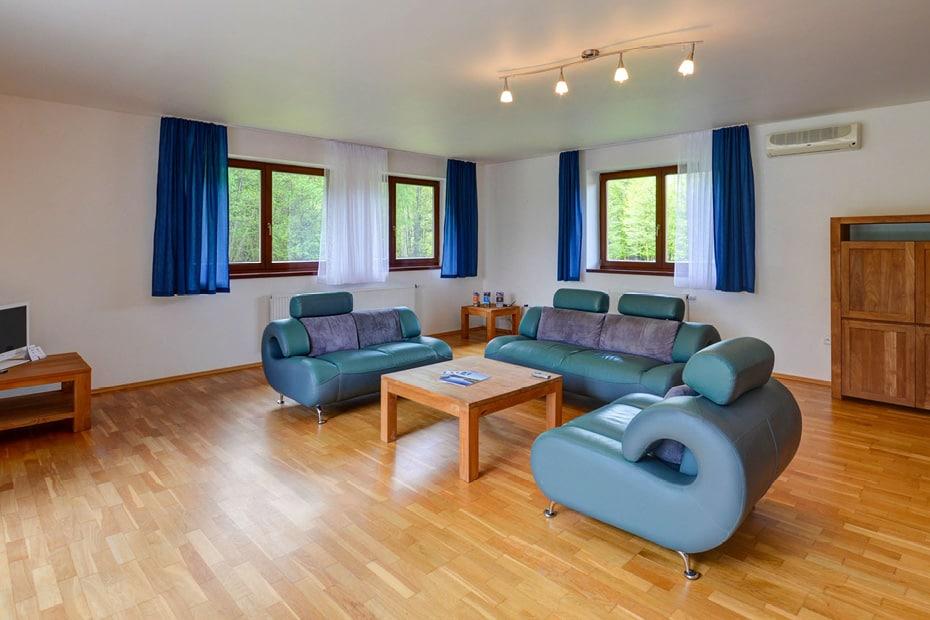 Obývací pokoj Amenity Resort Česká Kanada